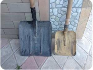 Скільки лопат піску у відрі