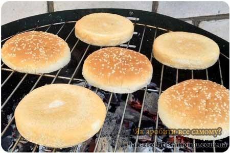 Як зробити домашній чізбургер?