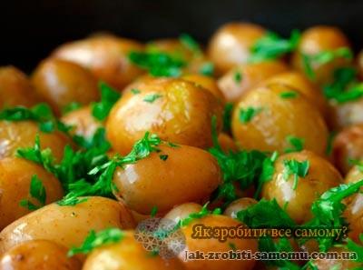 Як зробити картоплю в мундирі