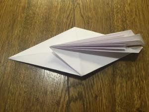 Как сделать лебедя из бумаги8-2