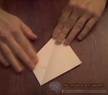 Як зробити кігті з паперу?