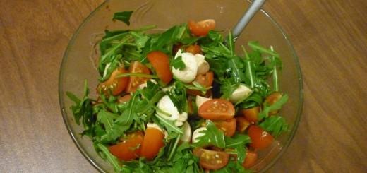 Як приготувати салат з руколою