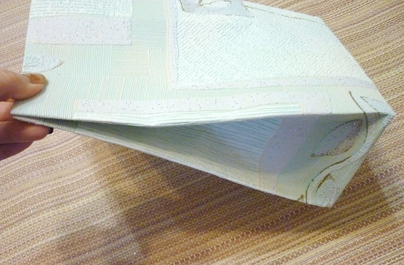 Як зробити пакет з паперу своїми руками