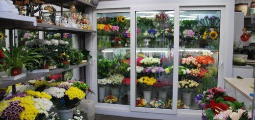 Як залучити клієнтів в магазин квітів?